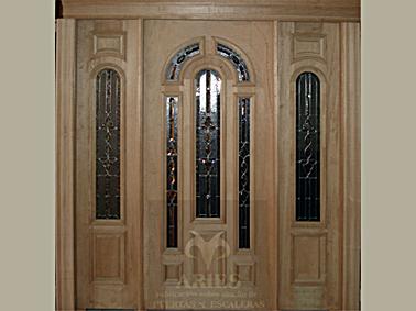 Puertas de interiores de fierro tattoo design bild for Puertas principales de madera