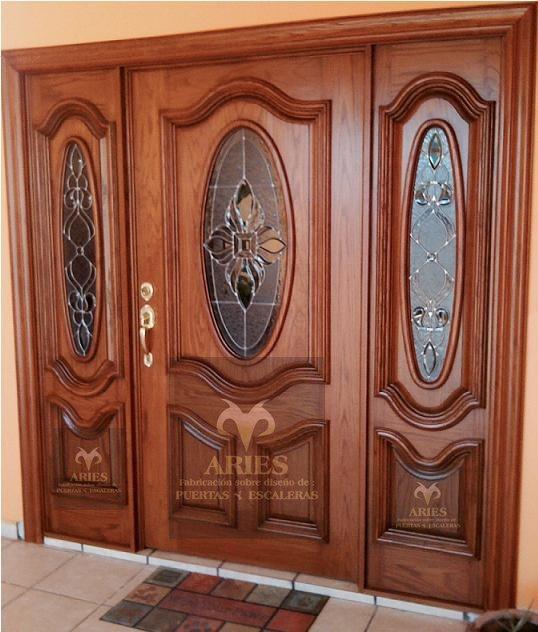 Puertas de madera en torre n puertas de madera en la for Entradas francesas faciles